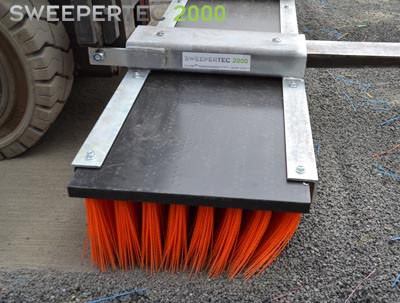 Sweepetertec forklift brush